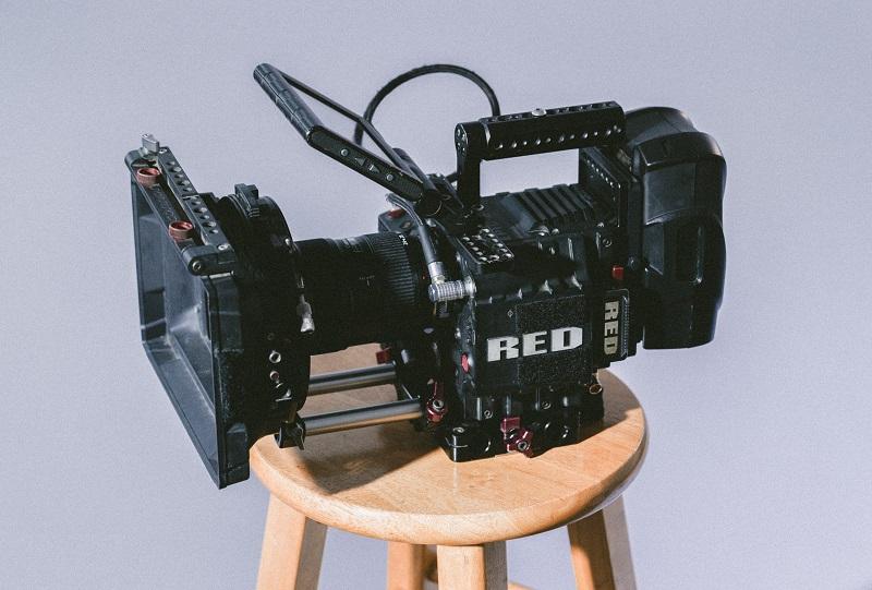 ビデオカメラマンが選ぶ一眼ムービー向け手ブレ防止アイテム3選