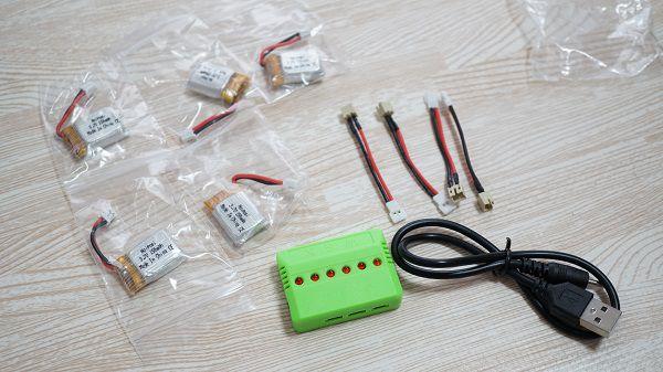 ミニドローンH36の予備バッテリー