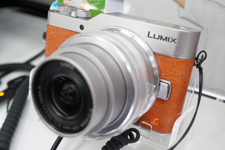 LUMIX DMC-GF7の交換レンズ人気ランキングベスト4