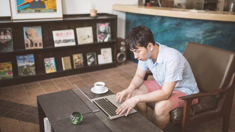 ゲームパソコンをノート型で使いたい人が購入前に知っておくべきコト